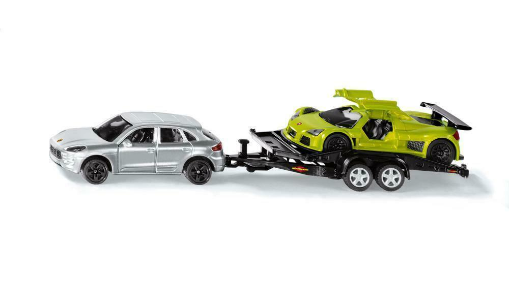 2544 - Car with Trailer