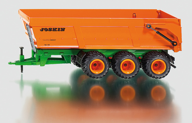 2892 - Joskin Three-Axled Tipping Trailer