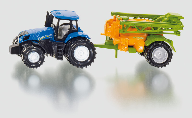 1668 - New Holland Tractor with Crop Sprayer