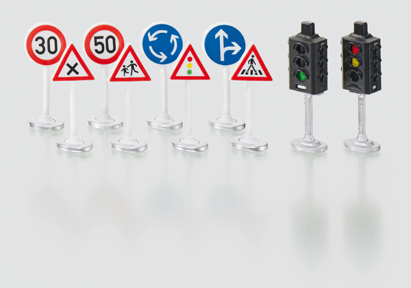 5597 - Sikuworld Traffic Lights & Road Signs