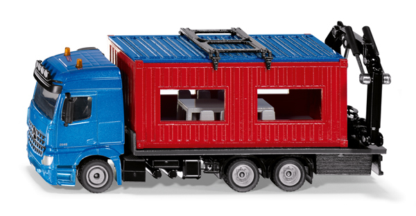 3556 - Truck with Construction Container